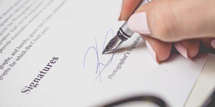 E' diritto del cliente di ricevere copia della documentazione bancaria. Cassazione Civile, Sez. I, Ordinanza  n. 14231 del 24 Maggio 2019.